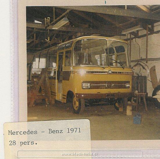 0012 Mercedes 608 under opbygning i Sorø 1971.jpg