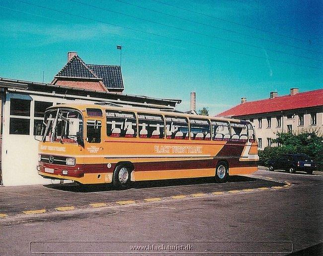 0018 Mercedes O302 årg 1975 vg 3 billeder er fra 1989.jpg